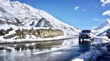 Winter Road Trip to Lahaul Valley - 7 Days